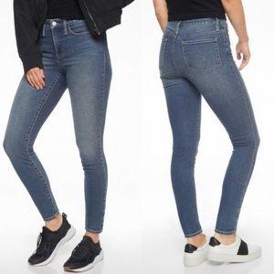 Athleta Sculptek Skinny Jeans Azure Wash XS size 0